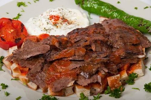 اسكندر كباب والأكلات التركية